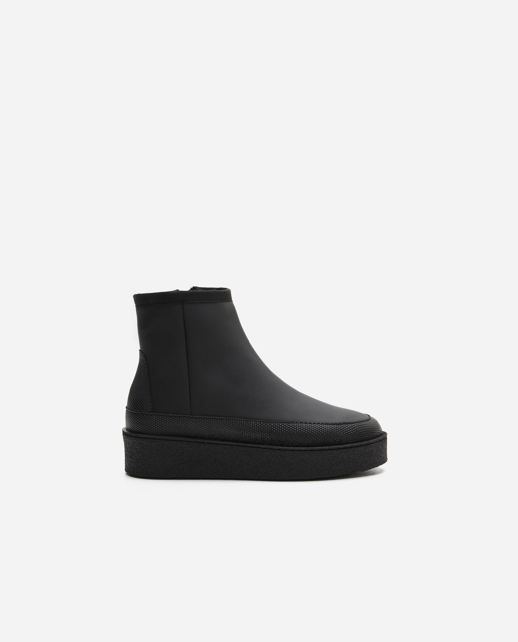 Aria Coated Leather Black