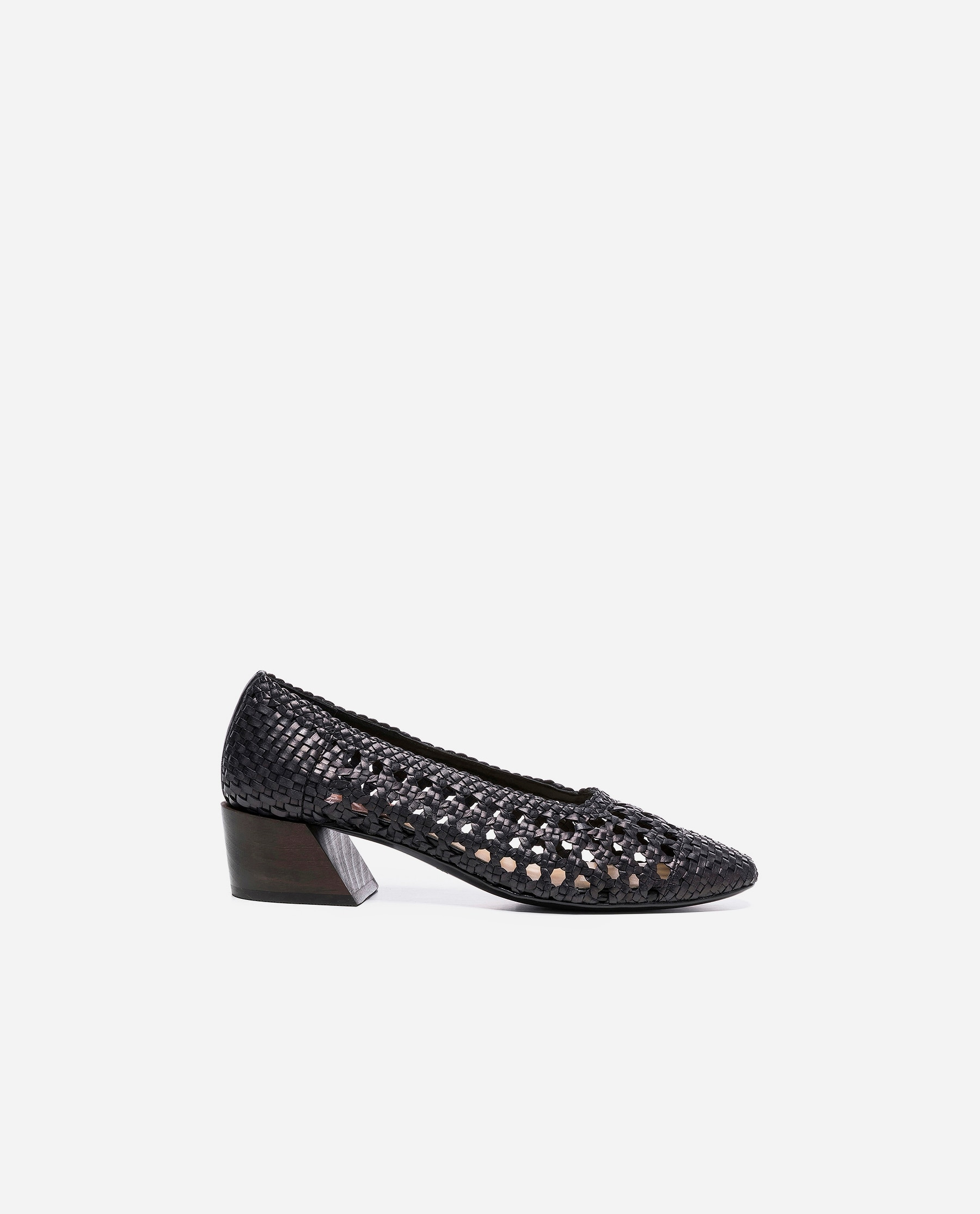 Billie Vegan Weaved Black