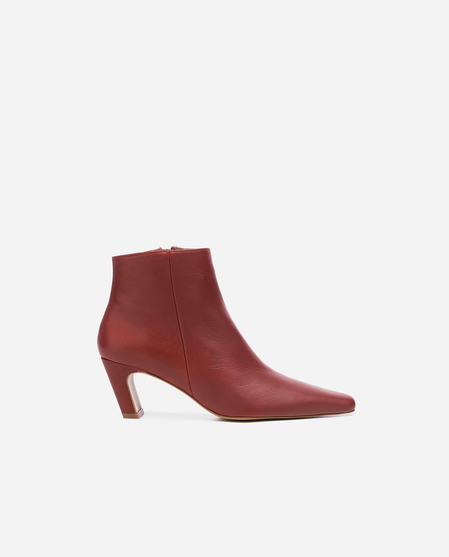 Xenia Brick Red